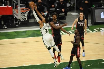 Miami Heat v Milwaukee Bucks - Game Two