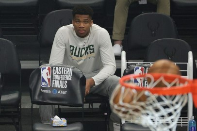 Giannis Antetokounmpo Injury Update: Greek Freak to Miss Game 6 but May Get Green Light for Game 7