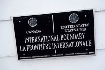 US-CANADA-BORDERPROJECT2017