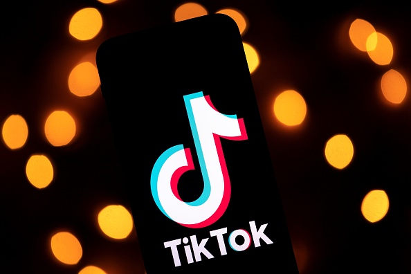 Viral TikTok Leak Room Allegedly Posts Peyton Meyer's NSFW Videos and Photos With His New Girlfriend
