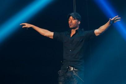 Enrique Iglesias: Spanish Singer Songwriter's Career, Family, Relationships