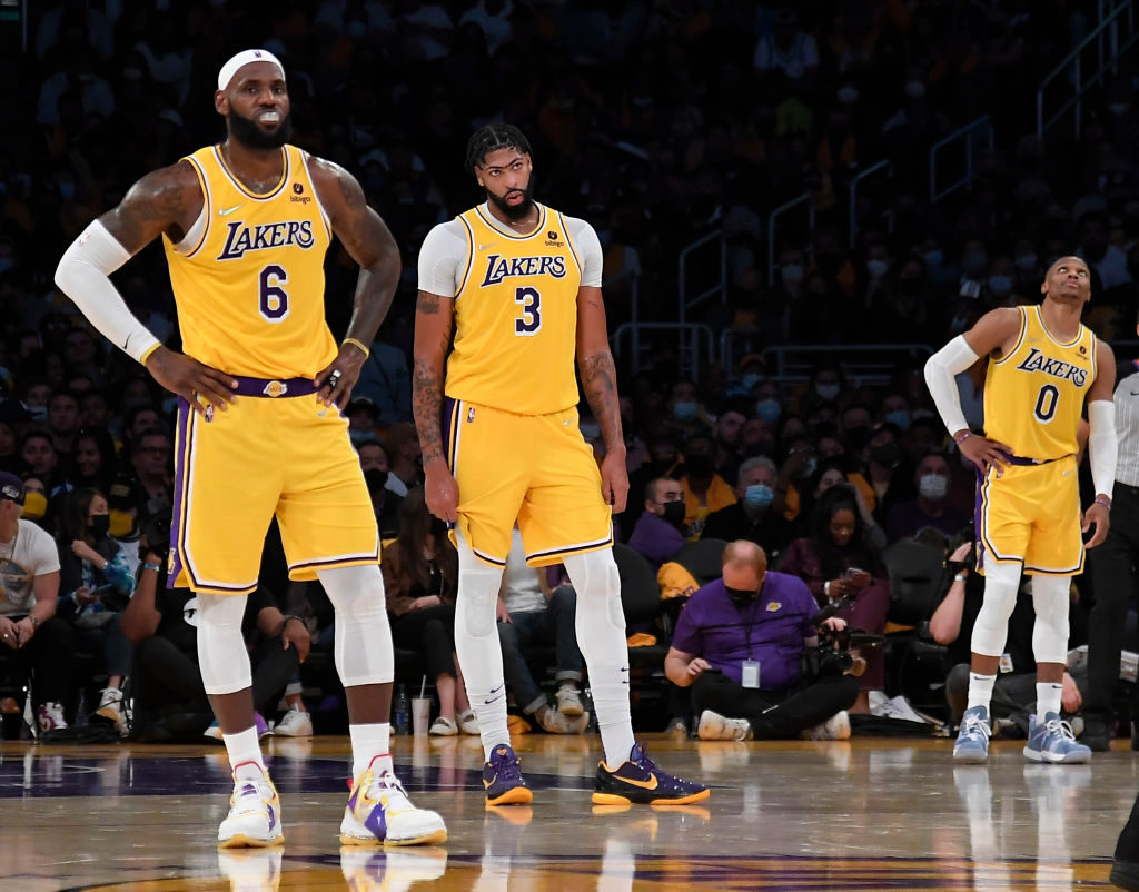 Russell Westbrook Struggles in Los Angeles Lakers Debut, Resulting in Opening Night Loss Against Golden State Warriors