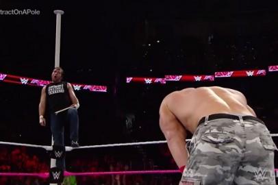 Dean Ambrose To Take On Seth Rollins at HIAC In a