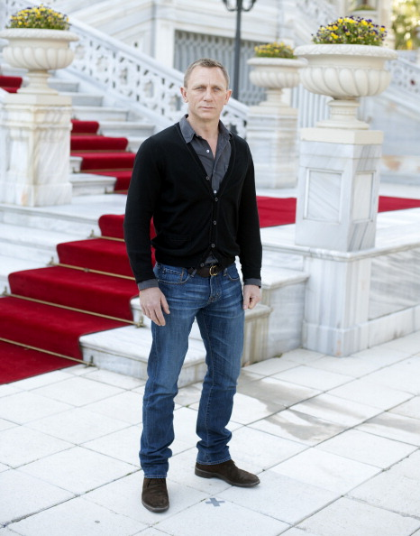 James Bond 24 'Spectre' Release Date, Cast, Rumors News: Mexico Offered Sony $20M in Tax Breaks for List of Demands, Including No Mexican Villain