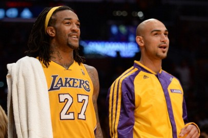 Los Angeles Lakers Center Robert Sacre and Power Forward Jordan Hill