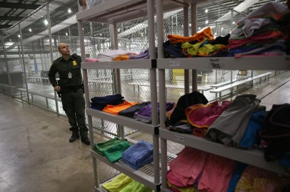 ICE immigration immigrant detention