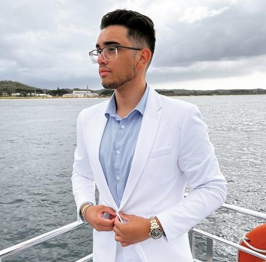 Teenage Entrepreneur, Marcus Pereira Earns Fortune Through Dropshipping Business