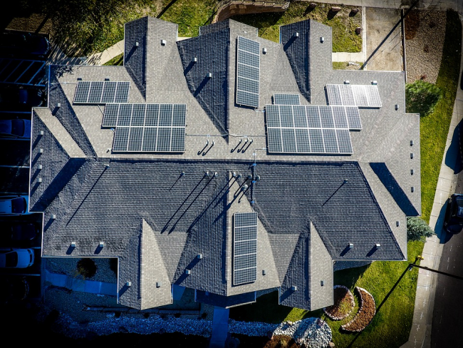 Roofing and Technology: Trends to Watch in 2021