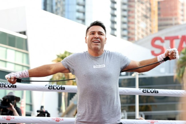 Oscar De La Hoya Hospitalized With COVID-19, Replaced by Evander Holyfield for Vitor Belfort Comeback Fight