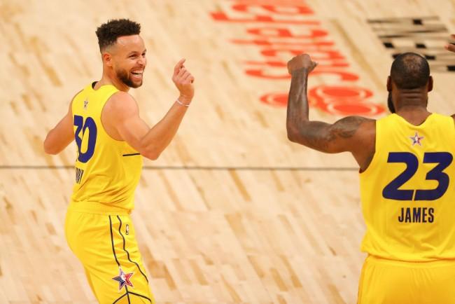 Golden State Warriors Star Stephen Curry Praises LeBron James for Setting NBA's Standard for Longevity