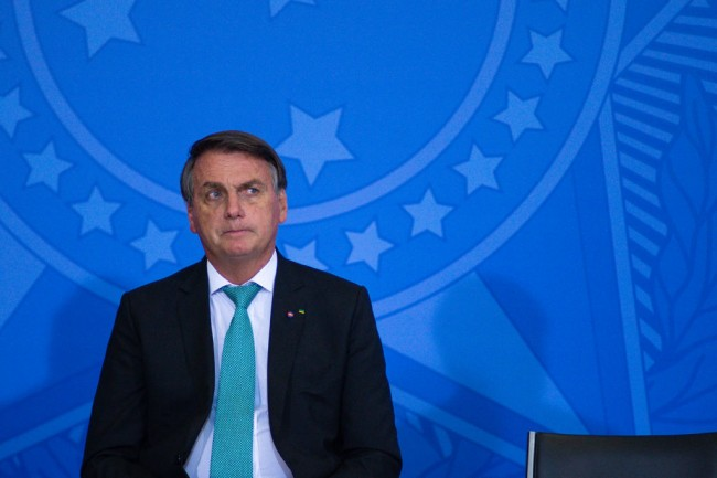 """""""I Didn't Come Here to Be Bored"""": Brazil President Jair Bolsonaro Snaps at Reporter When Asked About COVID Death Toll"""