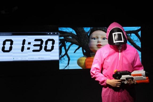 LeBron James, Anthony Davis Talk How Netflix Hit 'Squid Game' Should Have Ended