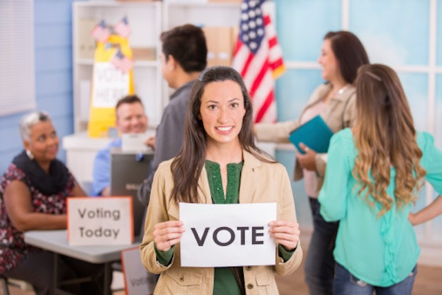 """Most Eligible Latino Voters Live Outside """"Competitive"""" House Elections"""