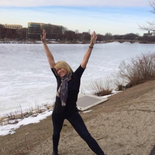 Chelsea Handler Bares Butt Again in Instagram Photo