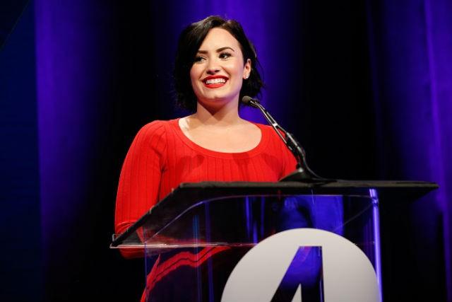 Demi Lovato praises Jennifer Lopez, defends positive body image