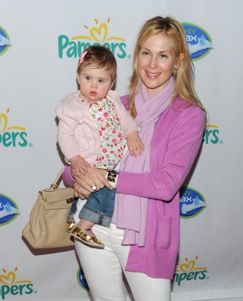 Helena Giersch, Kelly Rutherford