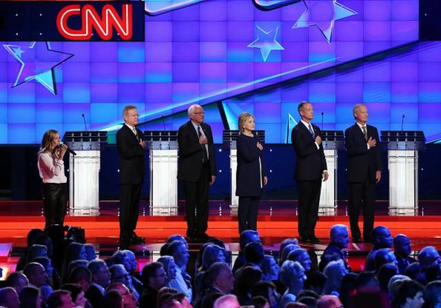 Latinos Give Democrats Mixed Reviews After Debate